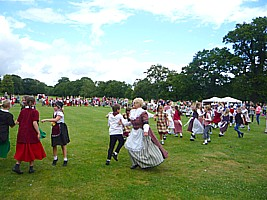 Click to see photos of Gwyl Plant Children's Folk Dance Festival 2014